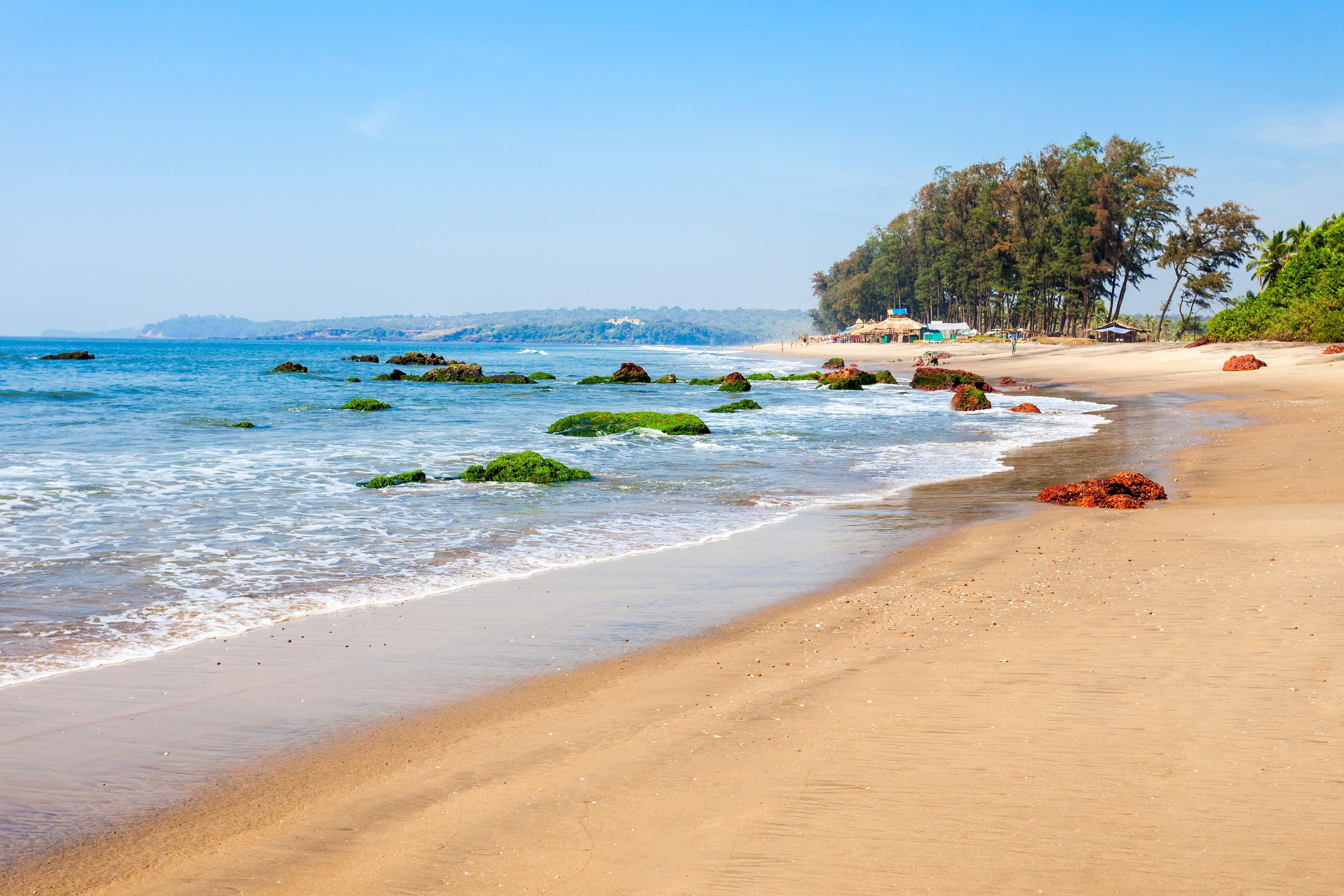 1610015848_873374-Querim_beach_Goa.jpg