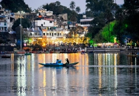 Rejuvenating Mount Abu Family Tour Package