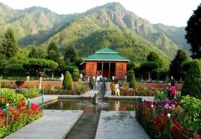 Romantic Kashmir Honeymoon Package